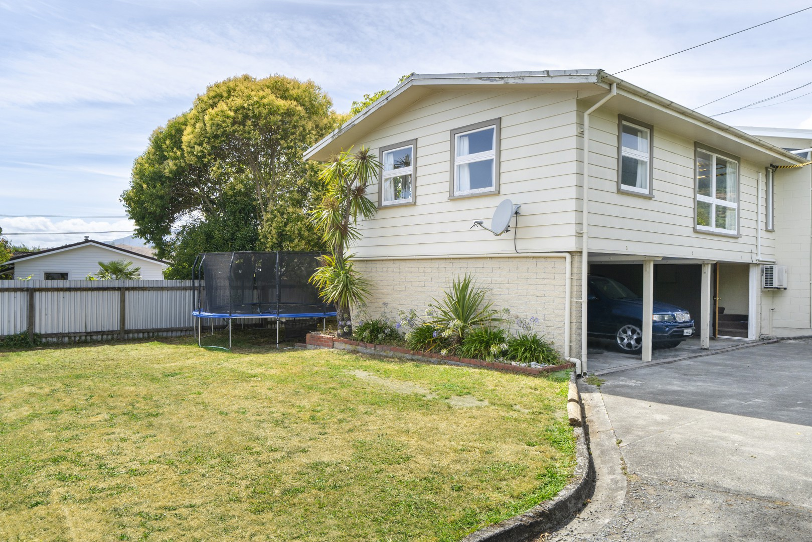 1/30 George Street, Richmond #1 -- listing/9777/m.jpeg