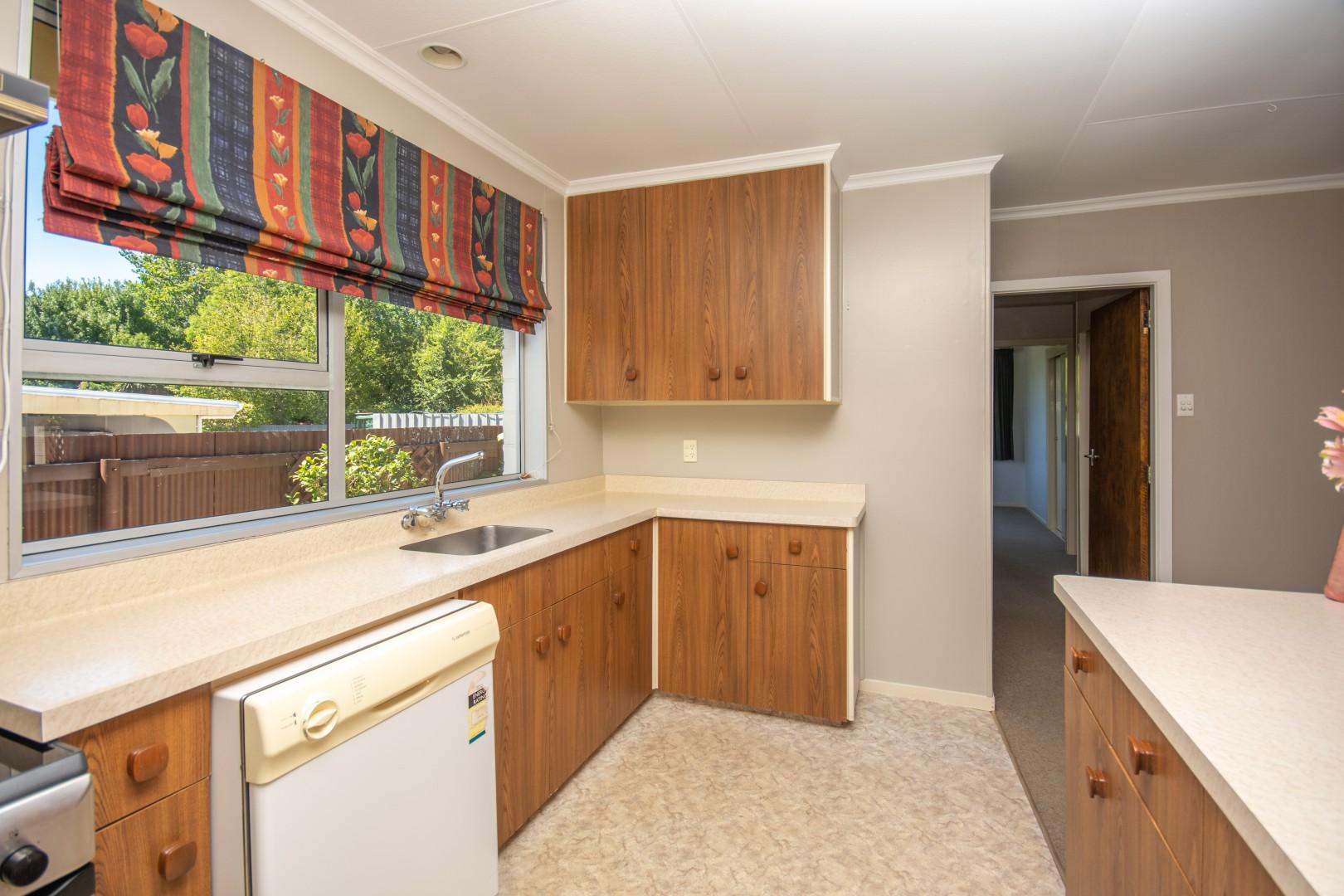 14A Mckenzie Street, Redwoodtown #3 -- listing/9789/b.jpeg