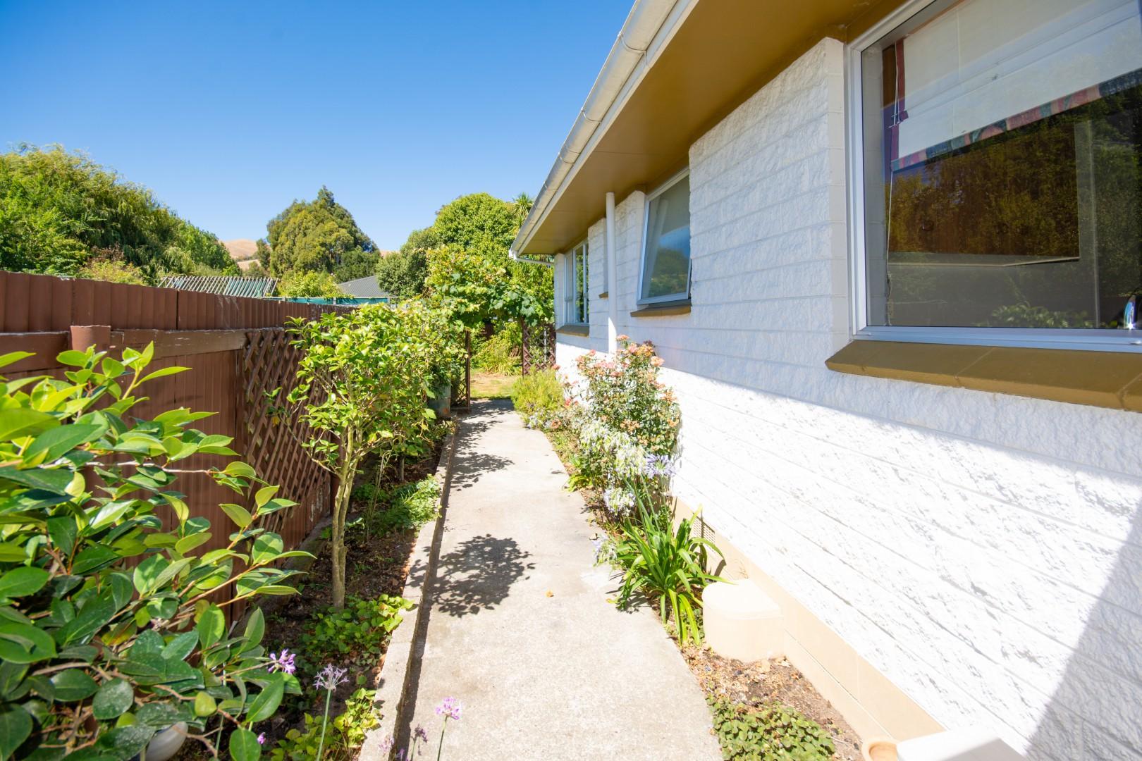 14A Mckenzie Street, Redwoodtown #12 -- listing/9789/k.jpeg