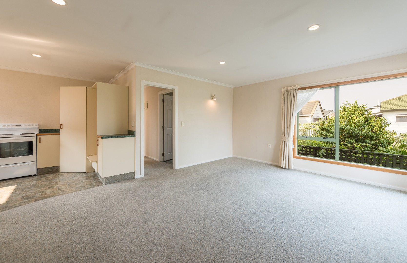 10 Birchwood Grove, Richmond #5 -- listing/9801/d.jpeg