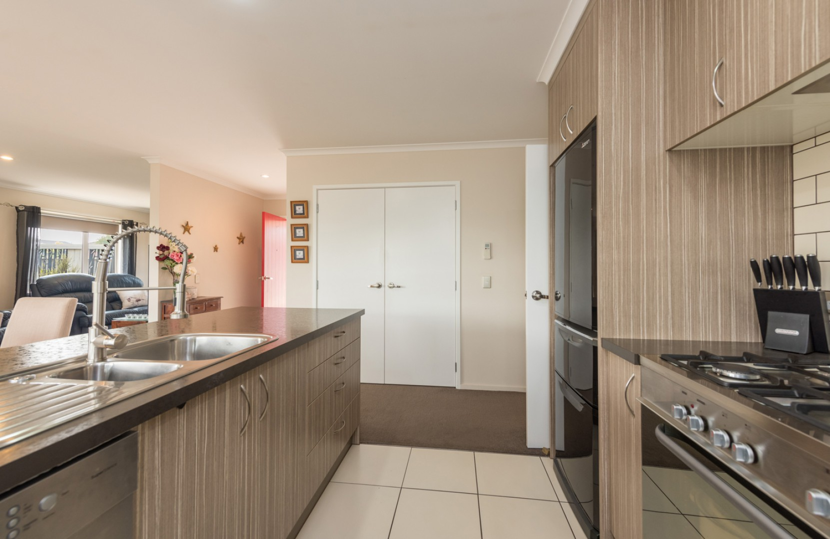 18 Melfield Place, Richmond #5 -- listing/9812/d.jpeg
