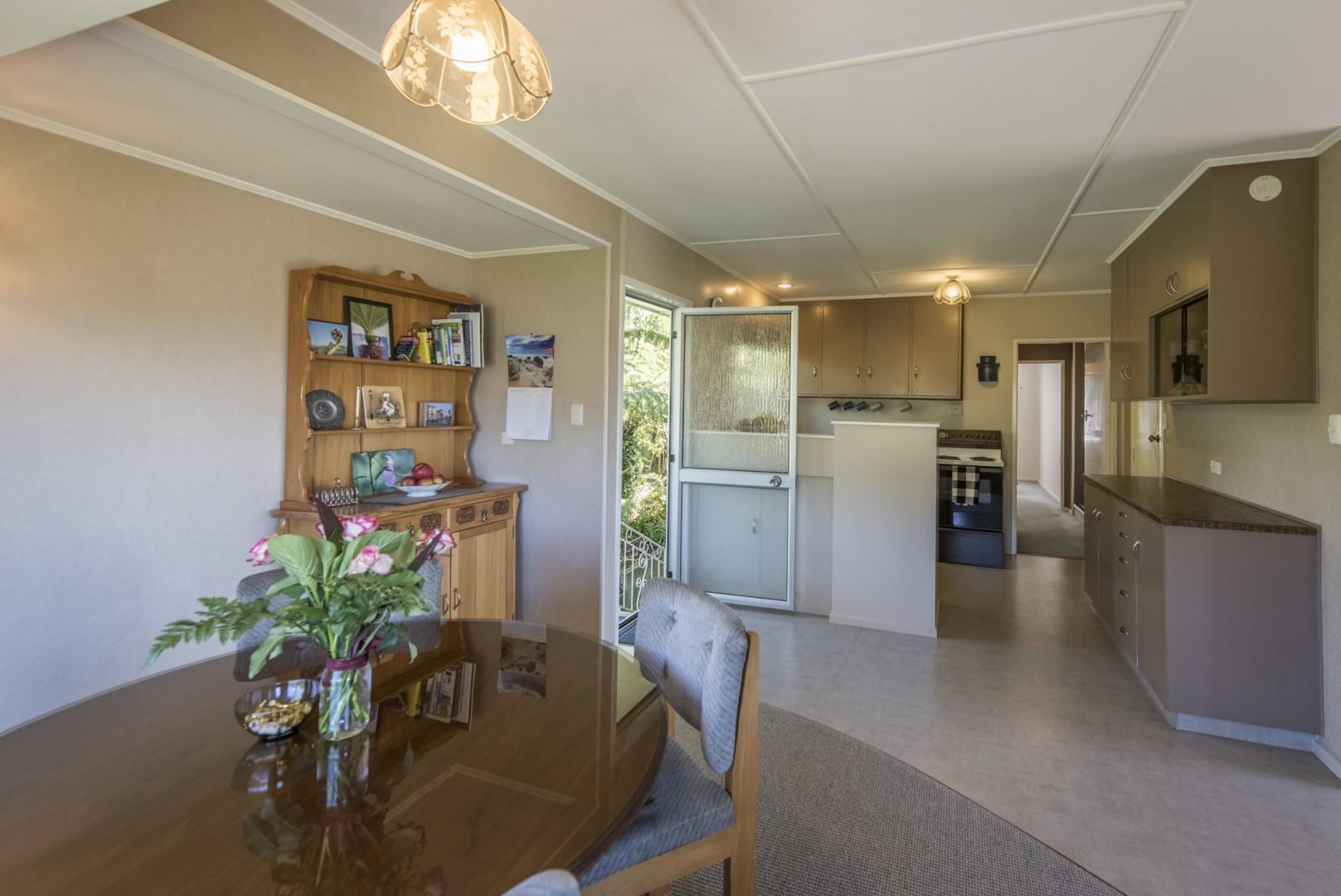 35 Ariesdale Terrace, Toi Toi #3 -- listing/9829/b.jpeg