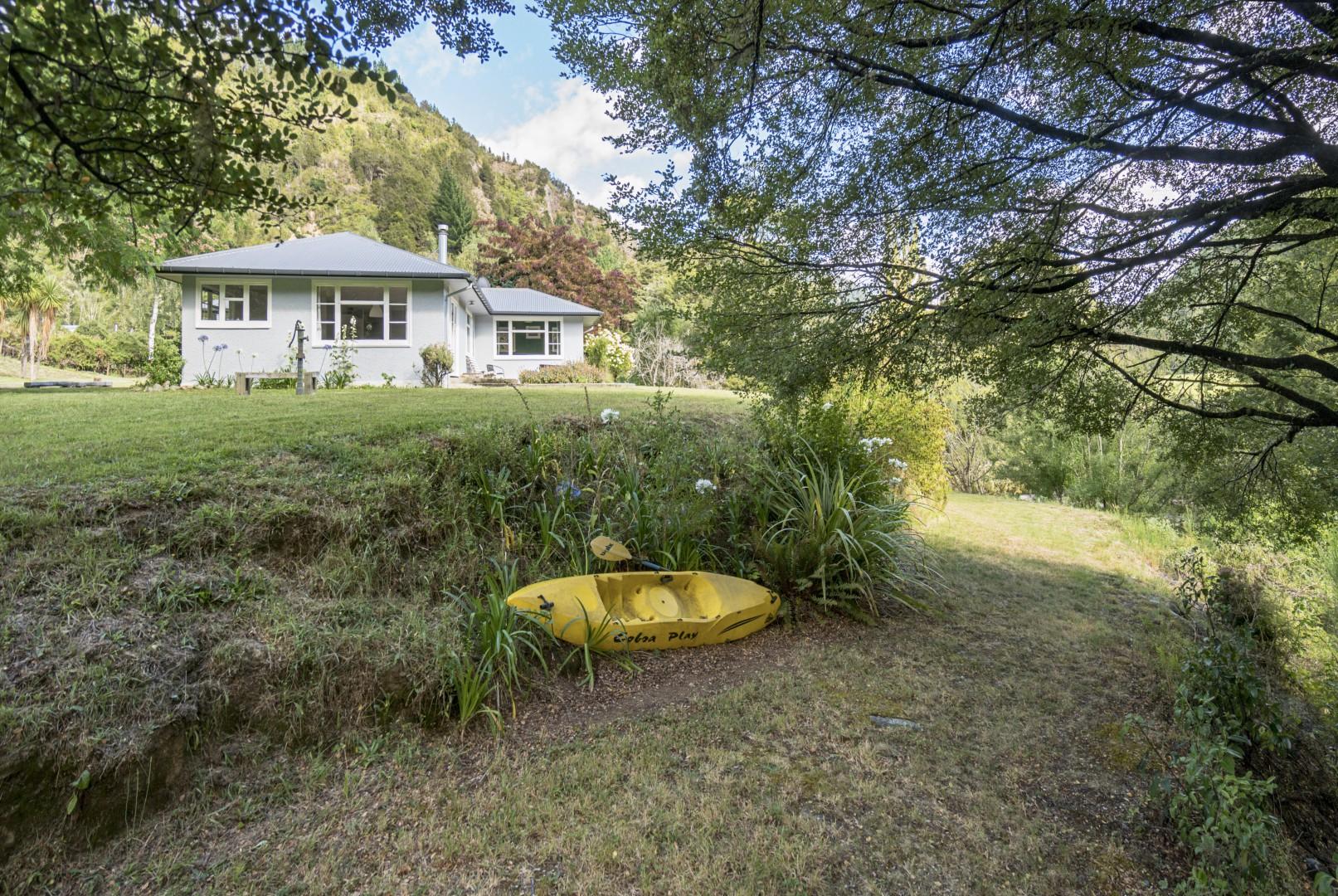 587 Mangles Valley Road, Murchison #5 -- listing/9861/d.jpeg