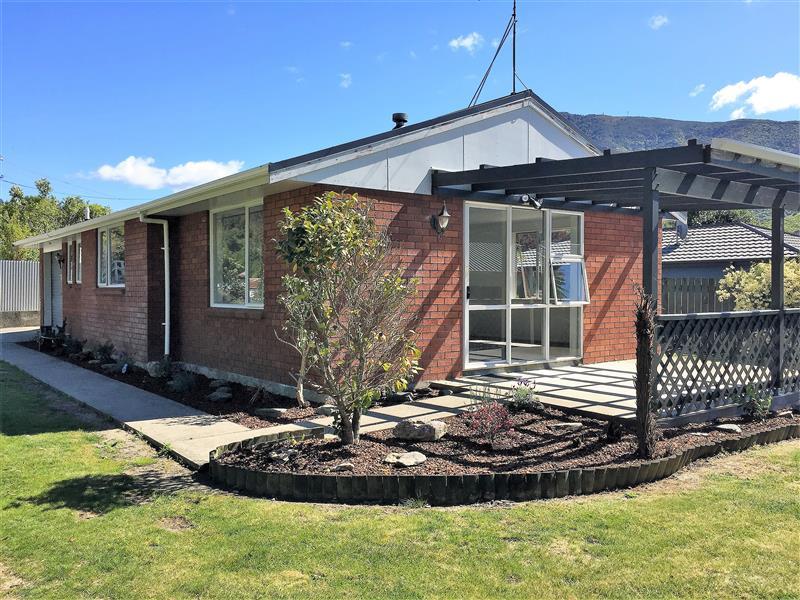 1b Canterbury Street, Picton #1 -- listing/9866/RBPI058095.jpeg