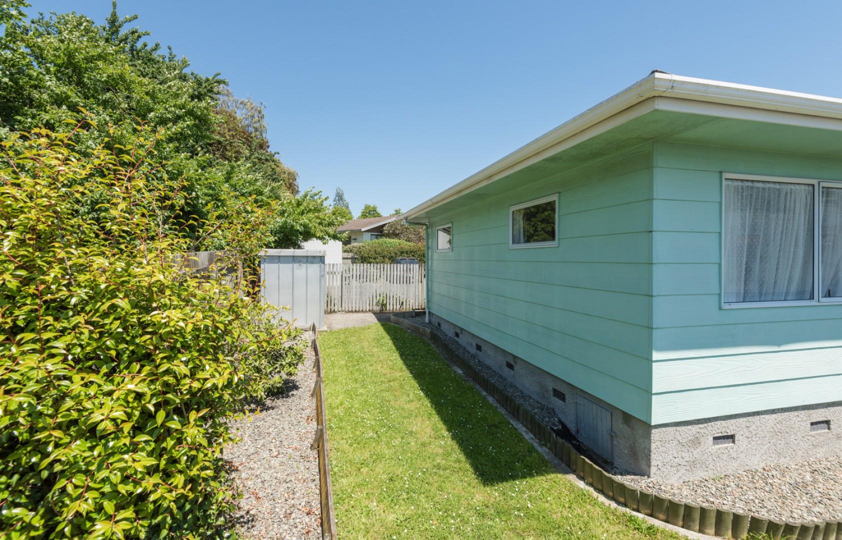 2a/25 Waimea Road, Nelson South #11 -- listing/9874/j.jpeg