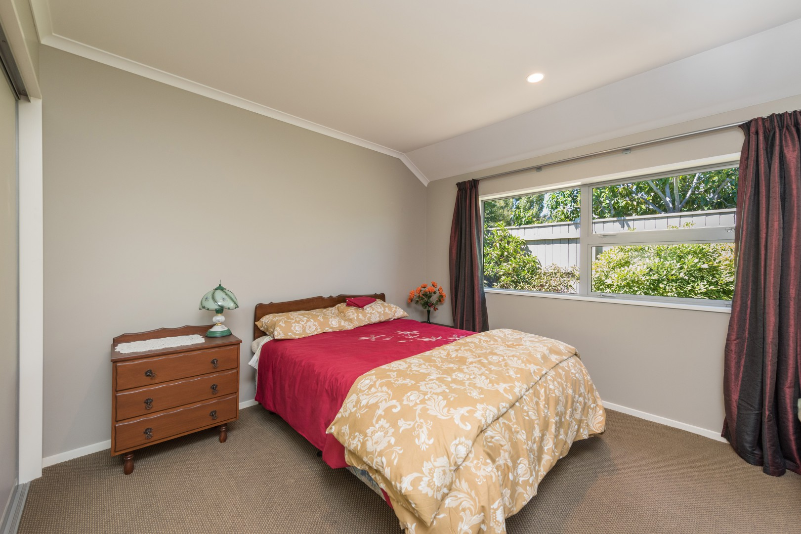 15 Aratia Way, Richmond #16 -- listing/9875/p.jpeg