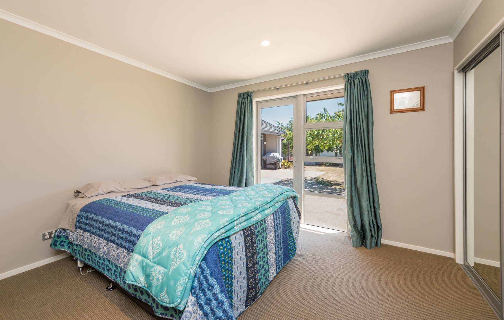 15 Aratia Way, Richmond #17 -- listing/9875/q.jpeg