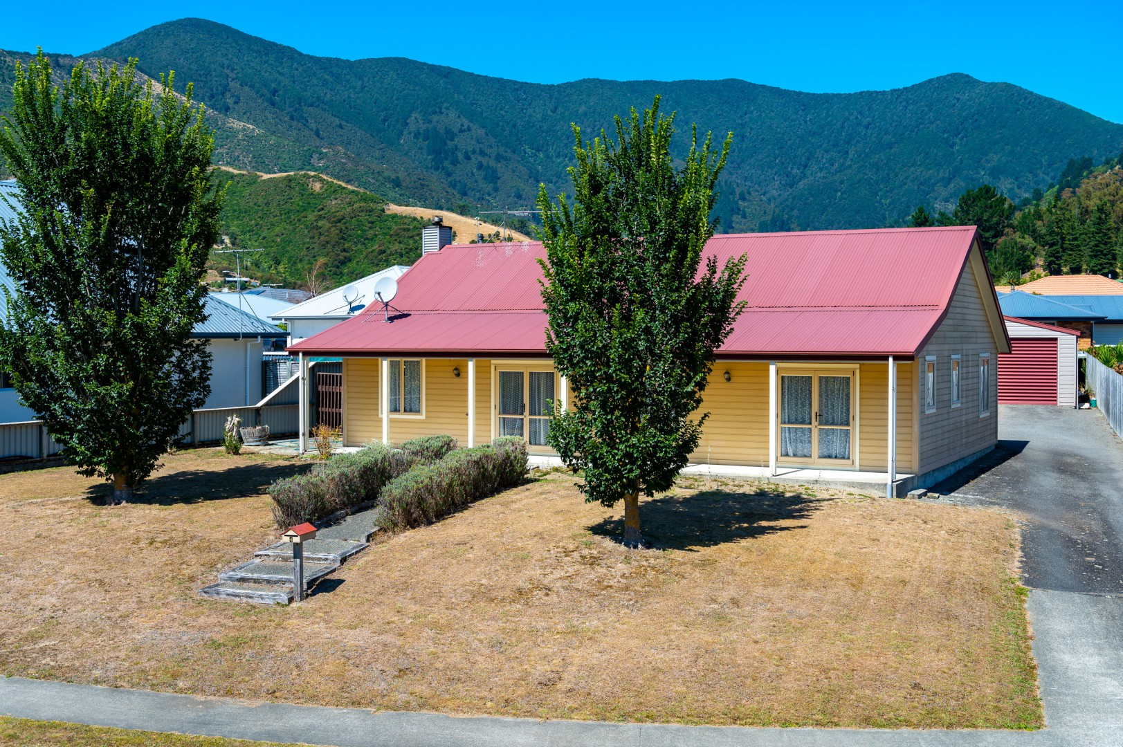4 Rohe Drive, Waikawa #1 -- listing/9888/m.jpeg