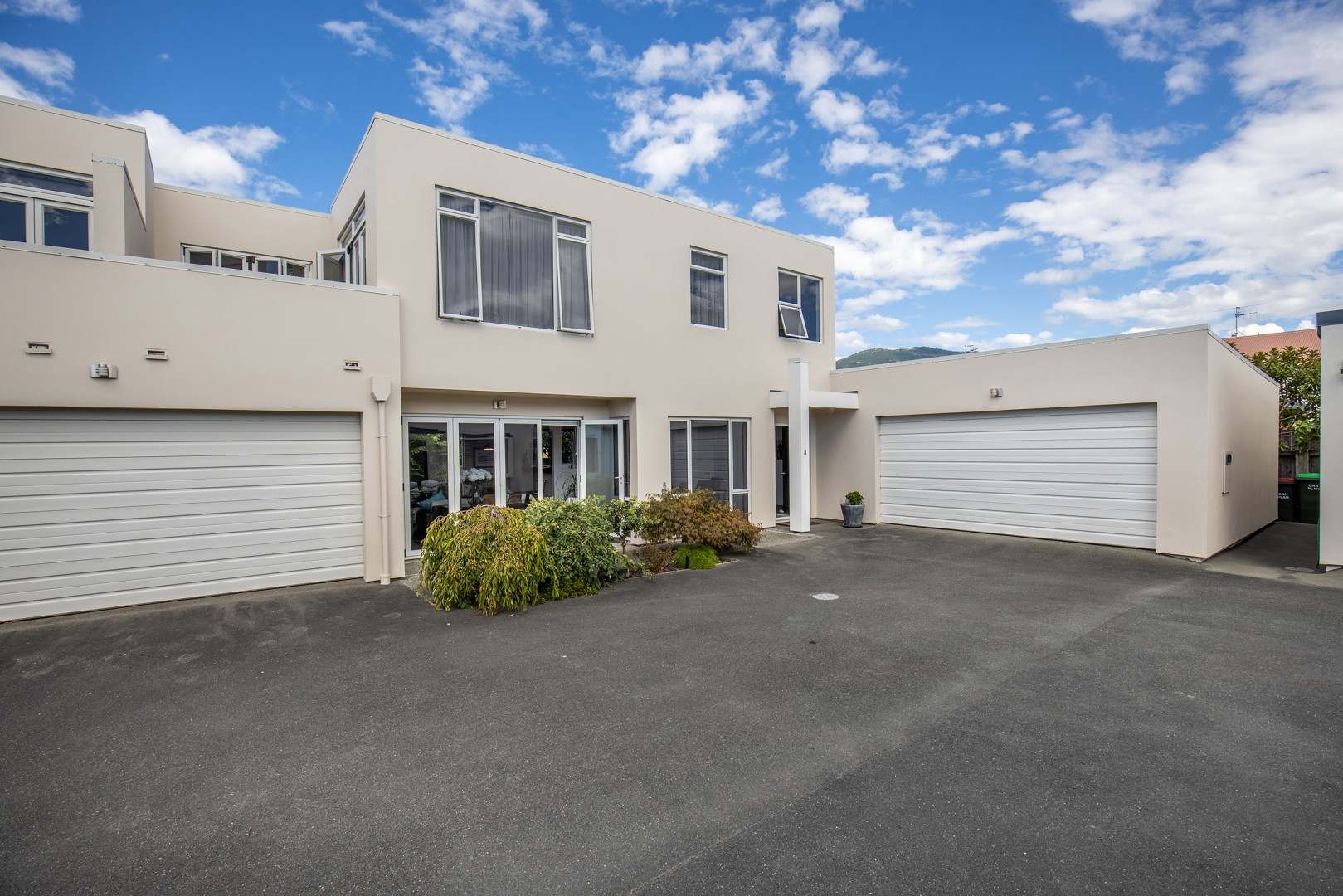 4 Monro Way, The Wood #1 -- listing/9910/m.jpeg