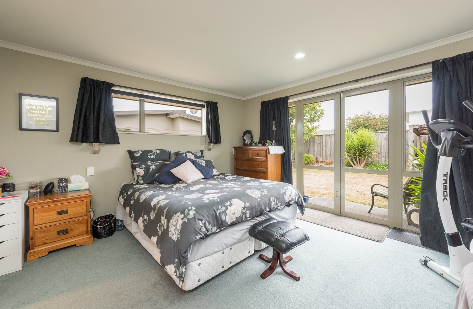 20 Cambelldon Crescent, Stoke #9 -- listing/9916/h.jpeg