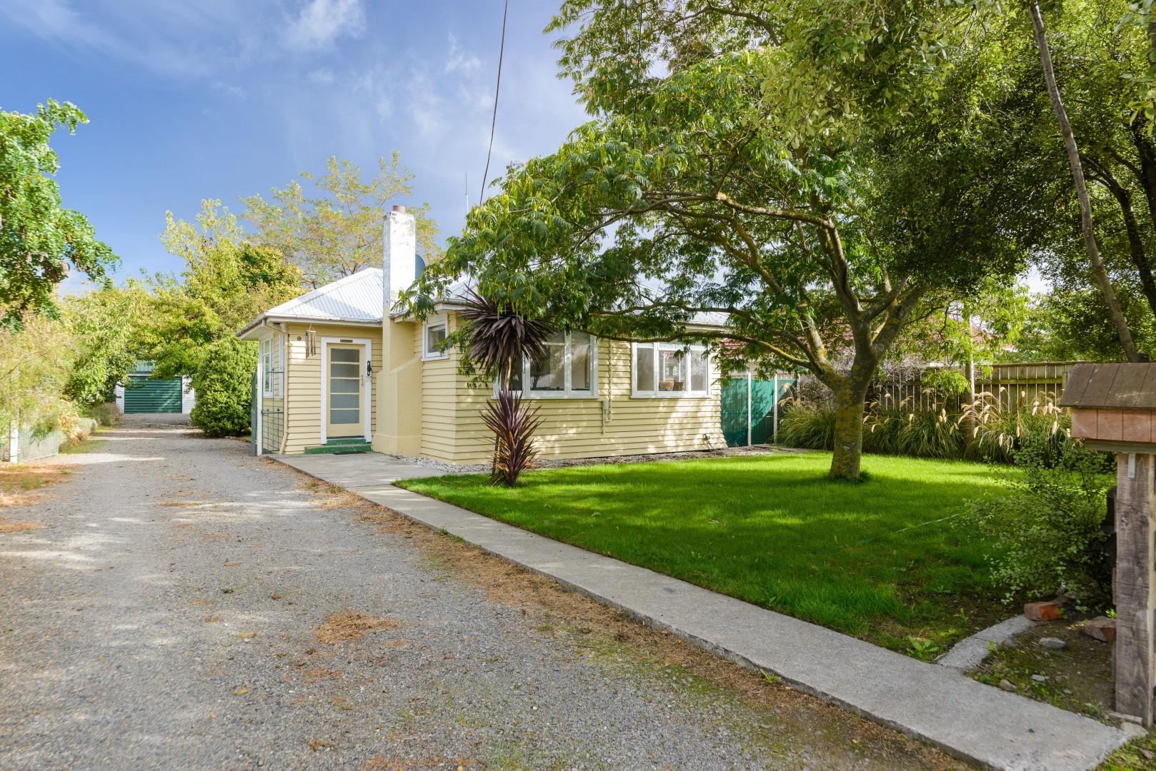 188 Maxwell Road, Redwoodtown #1 -- listing/9930/m.jpeg