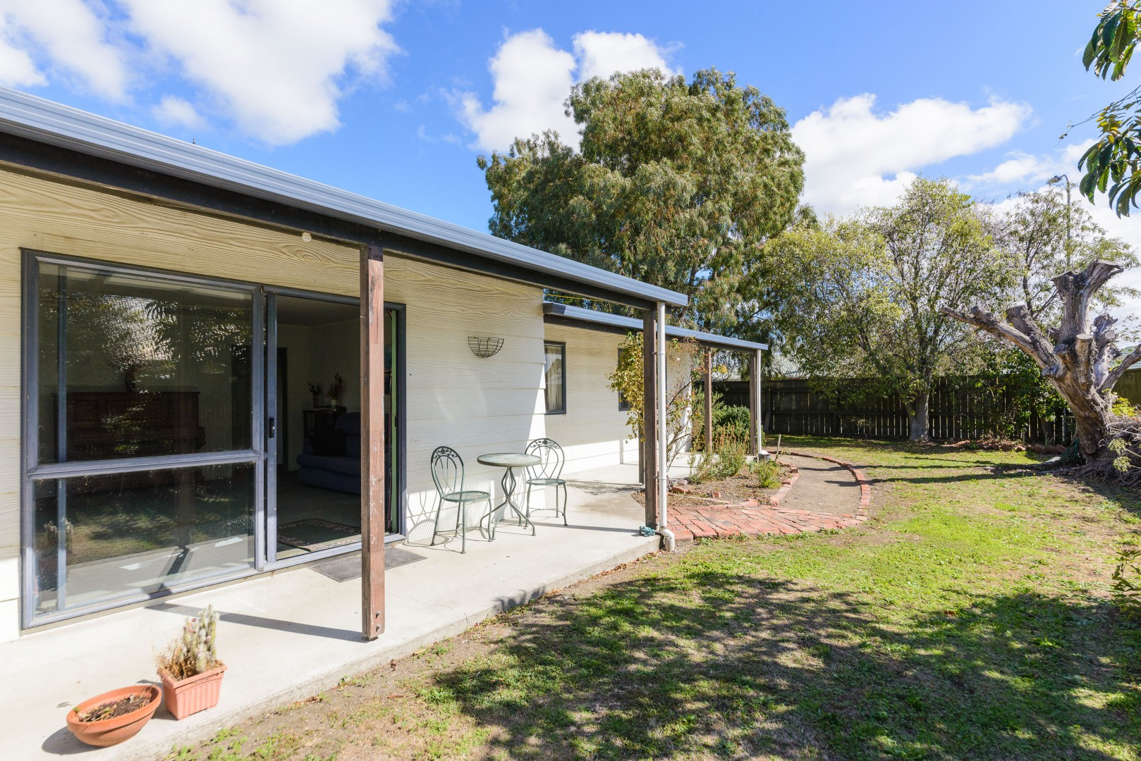 5 Brookfield Place, Redwoodtown #1 -- listing/9952/m.jpeg