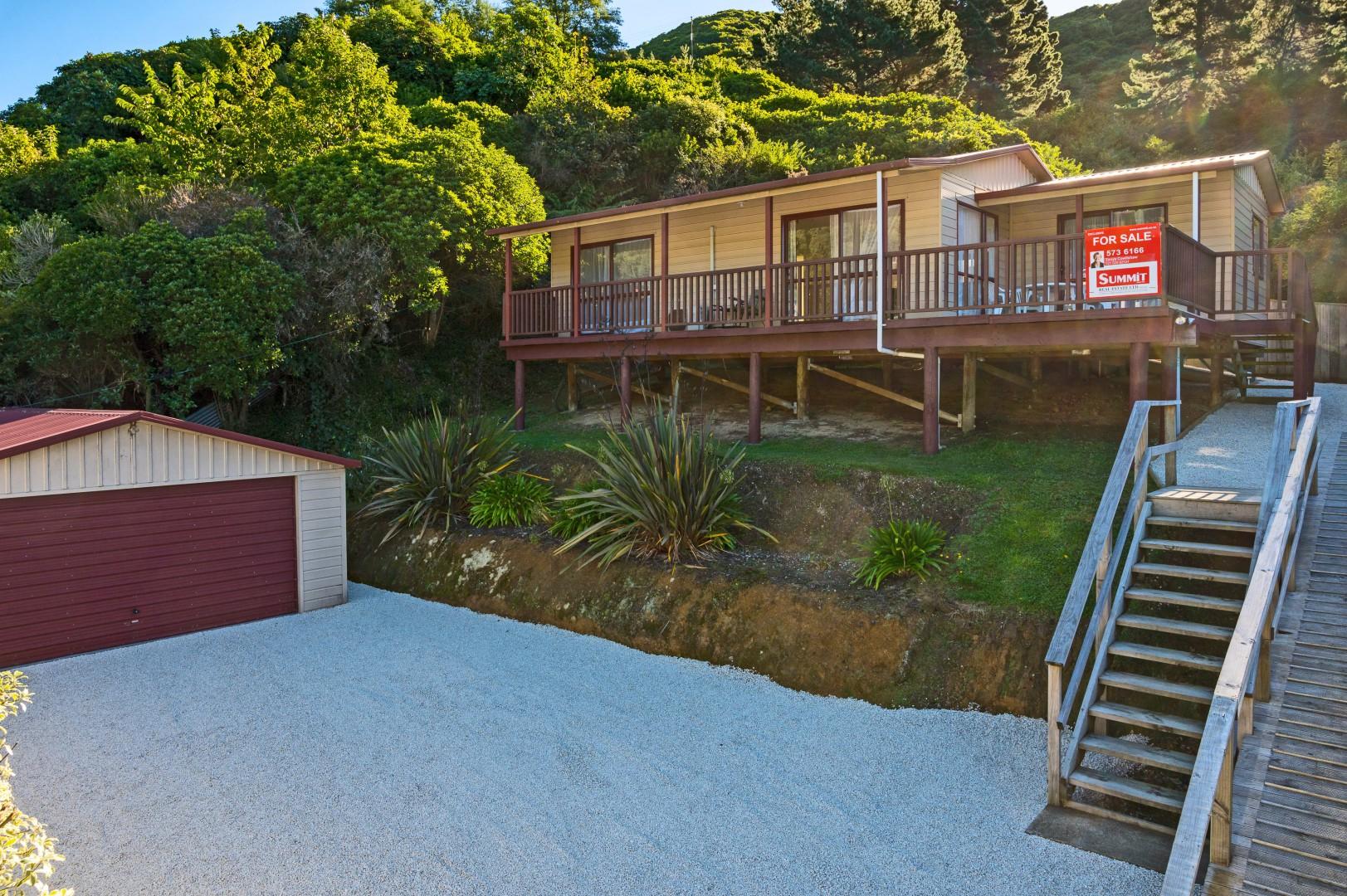 61a Wairau Road, Picton #1 -- listing/9962/m.jpeg