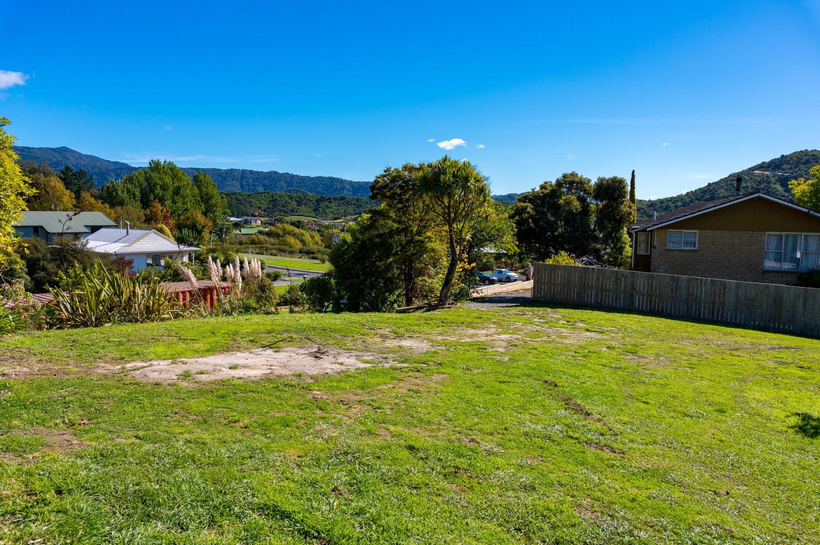 22 Moana View Road, Waikawa #4 -- listing/9998/c.jpeg
